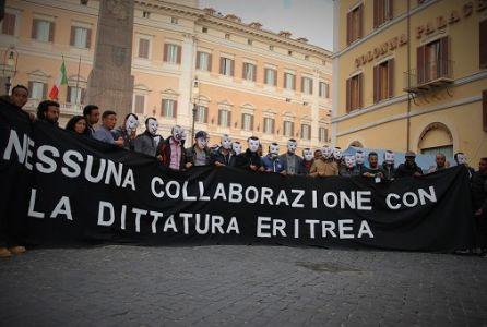 Montecitorio Maschere Flashmob Rid